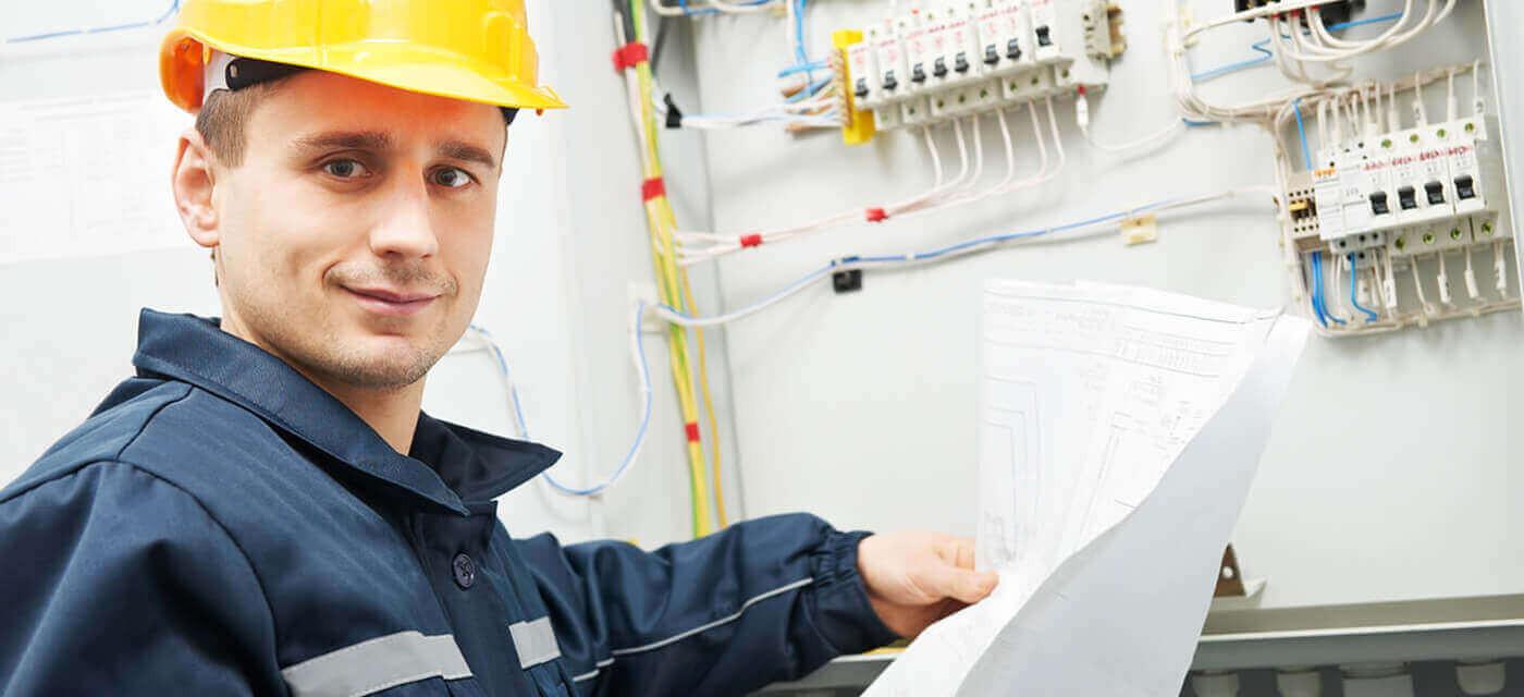 Header für Elektroinstallateure (m/w/d) >> 35 Tage Urlaub <<