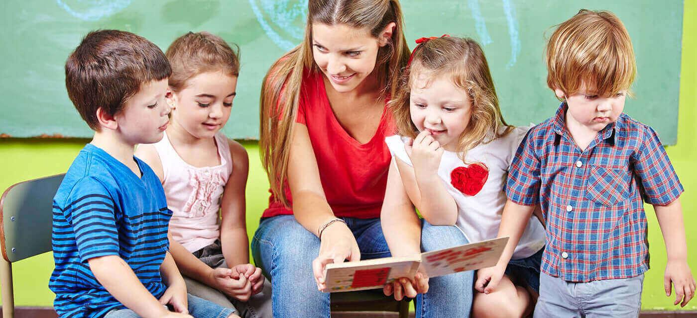 Header für Staatlich anerkannte/r Kinderpfleger/in (Kinderpflegerhelfer/in) oder Erzieher/in